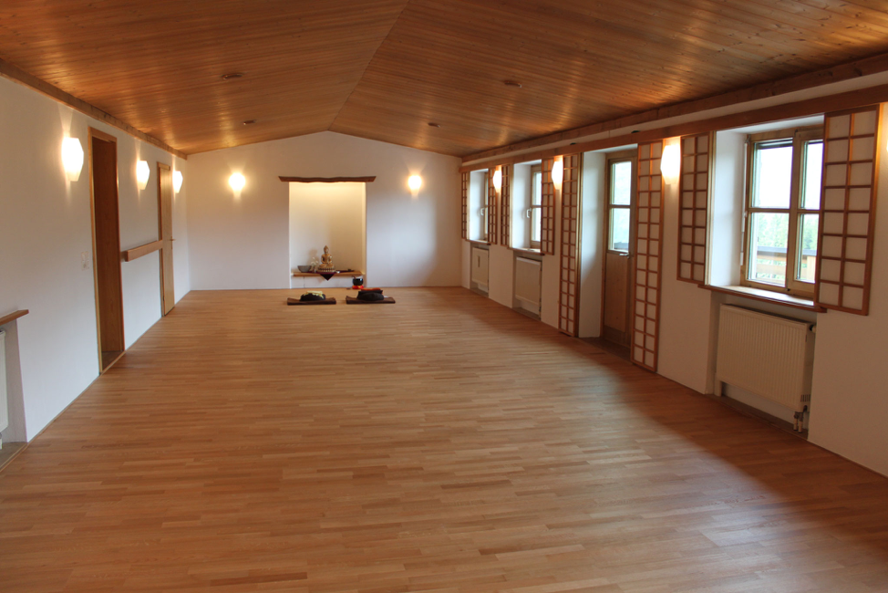 Silent Meditation and Yin Yoga Retreat in Bavaria, Germany with Josh Summers and Terry Cockburn