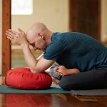 6 Potential Benefits of Yin Yoga